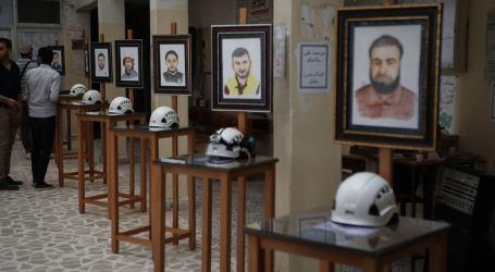 """""""كقلوبهم كأرواحهم بيضاء"""" معرض فني في إدلب يخلّد ذكرى ضحايا الخوذ البيضاء"""