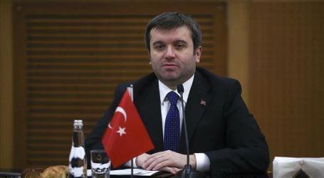 نائب وزير الخارجية التركي يؤكد أولوية العودة الطوعية للاجئين السوريين إلى بلادهم