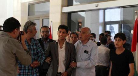 اسرائيل تسحب تصريح الفنان الفلسطيني محمد عساف بسبب مقاطع فيديو