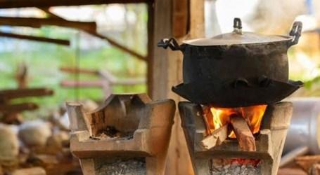 الطهو على الحطب يضر صحة الإنسان .. تعرف على المخاطر !