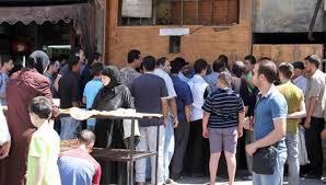 السلطة السورية: رداءة الخبز في الأفران الخاصة أسهمت بازدحام العامة منها