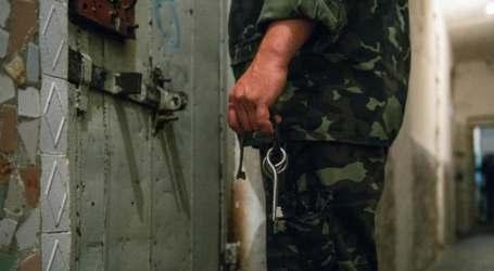 في 2020 السلطة السورية تفرج عن 2700 معتقل عبر دفع ذويهم مئات آلاف الدولارت