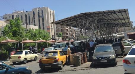 طوابير السيارات تعود بقوة ووزارة النفط في السلطة السورية تعترف بالأزمة