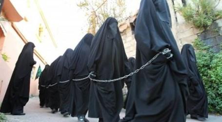 """باعهن تنظيم """"داعش"""".. مخيمات في سوريا تحتجز مئات التركمانيات العراقيات"""