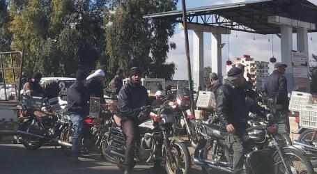 طوابير الحصول على البنزين تتصدر المشهد في دمشق ووزارة النفط تنفي وجود أزمة!