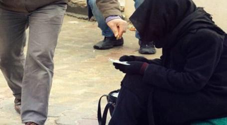 انتشار ظاهرة التسول بين النساء في الشمال السوري.. ما الدوافع والأسباب؟