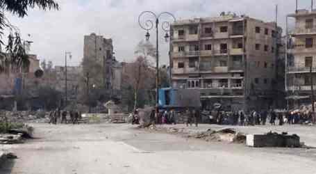 الميليشيات الموالية للسلطة تسيطر على مدينة حلب وتفرض قوانينها الخاصة