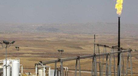 روسيا وإيران تتقاسمان النفط السوري والسلطة السورية تراقب
