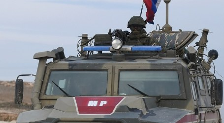 قوات روسية تداهم مقر للفرقة الرابعة في الغوطة الشرقية وتعتقل ضابطا
