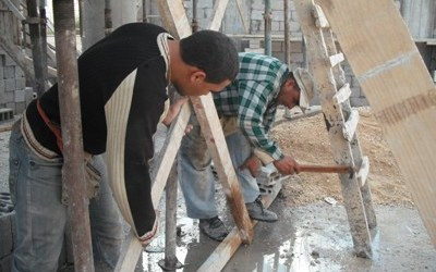 في سوريا.. عامل قطعت يده أثناء العمل فأعطته السلطات تعويض يثير السخرية