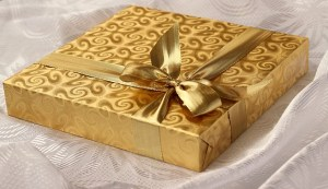 Gift Ideas for the Healthy Nut in Your Life