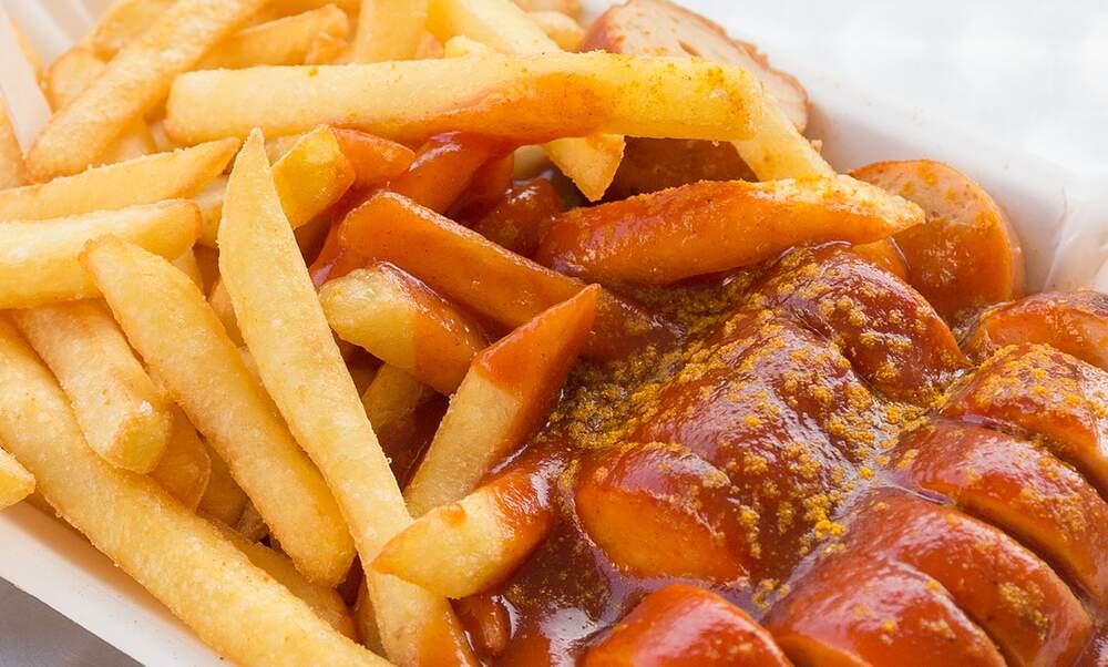 kuliner khas Jerman - Currywurst