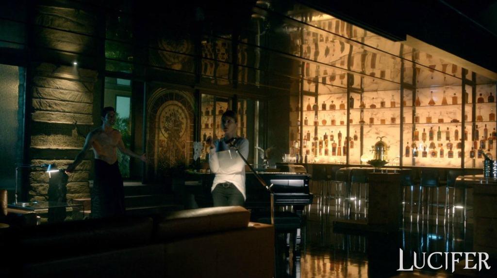 """Lux Nightclub from """"Lucifer"""" – IAMNOTASTALKER"""