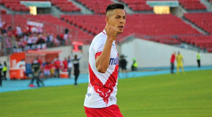 Mauro Quiroga es goleador en Chile
