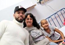 Futbolistas del seleccionado visitaron el Hospital de Niños