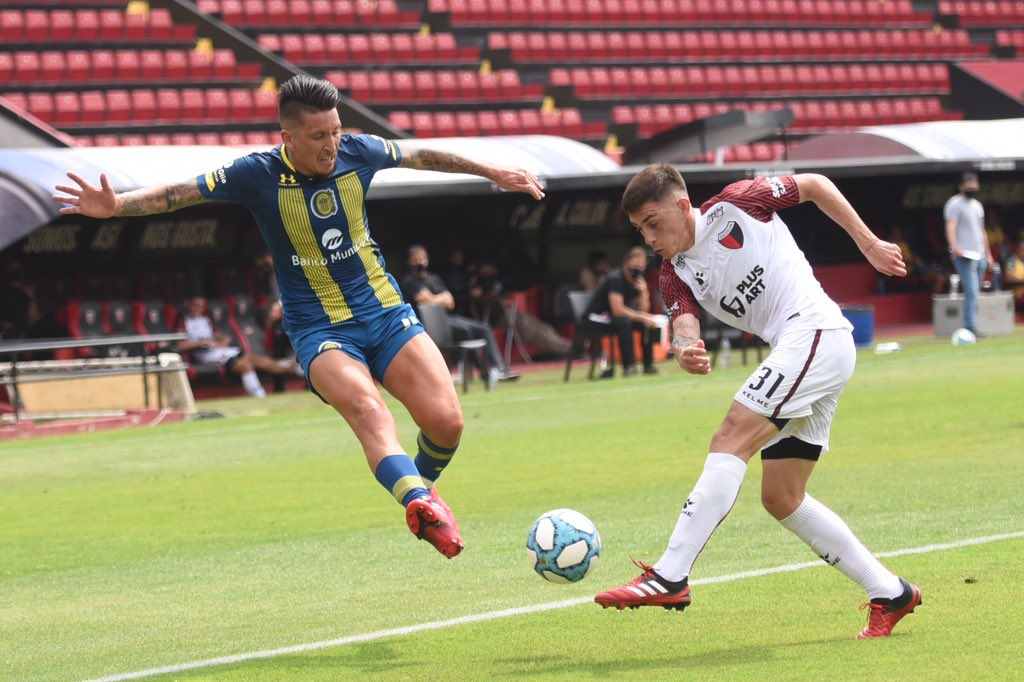Colón goleó a Rosario Central