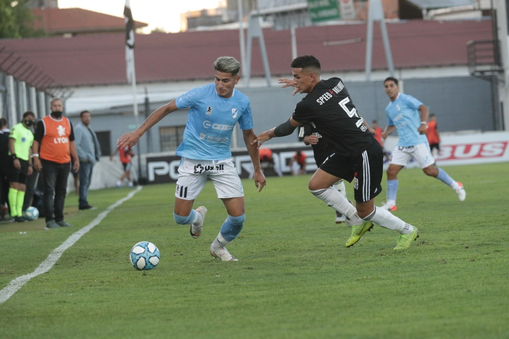 Temperley pasó a Riestra