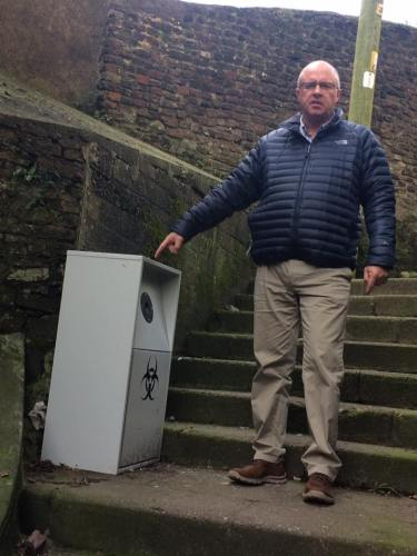 Deputy Lord Mayor calls for the removal of sharps bin