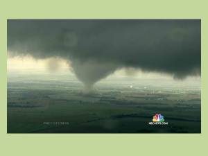 Twister in Tornado Alley on 6 May 2015. Click to enlarge or to source (then hit the go back arrow or just minimize this image).