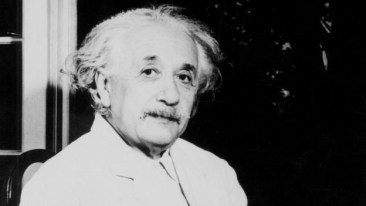 This image has an empty alt attribute; its file name is Einstein-pic-1.jpg