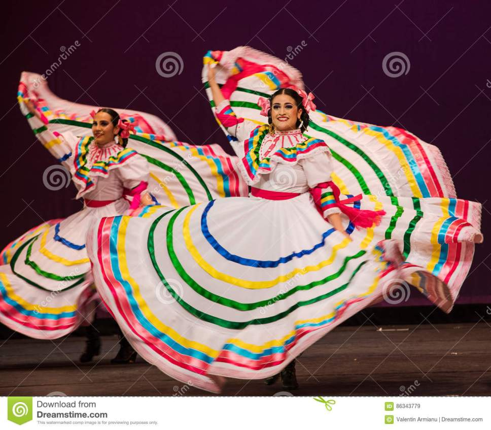 This image has an empty alt attribute; its file name is Hat-dancefolkloric-ballet-mexico-folklórico-utrgv-presenting-its-annual-concert-series-alegría-edinburg-texas-university.jpg