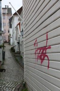 streetart-bergen-may16-011-tag
