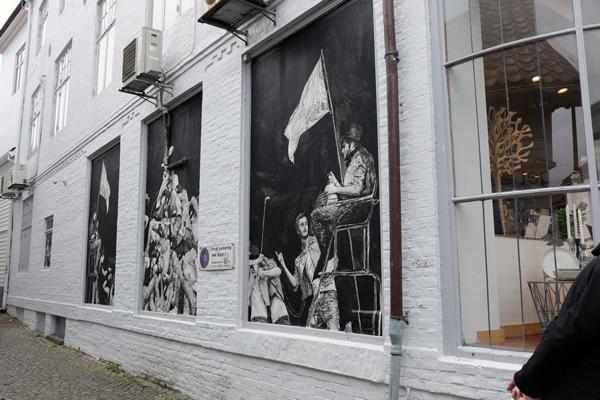 Streetart-Stavanger-May16-painted-windows
