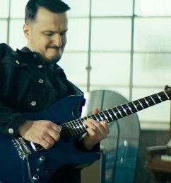 videos ibanez artcore vibrante hollow body guitar [ 1600 x 900 Pixel ]