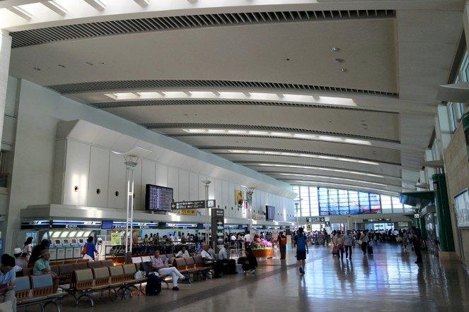 那覇空港に到着。おみやげを買うなら少し余裕を持って