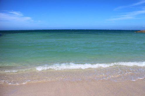沖縄の海に再会を約束して、那覇空港へ向かいましょう
