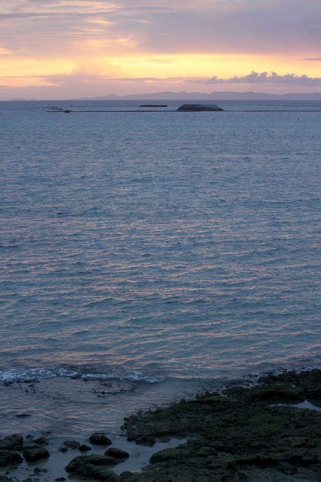 これが瀬長島の夕景。