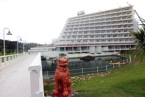 恩納村周辺にはリゾートホテルがたくさん
