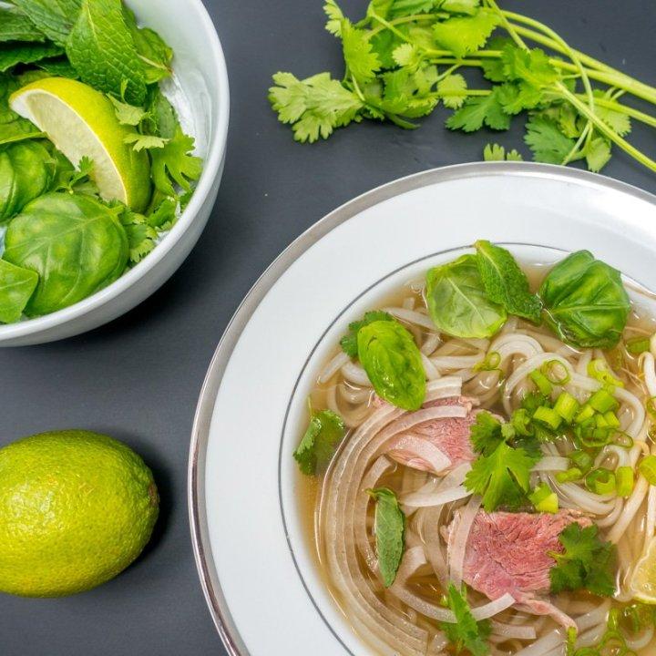 Pho Bo -- Slow Cooker Vietnamese Beef Noodle Soup