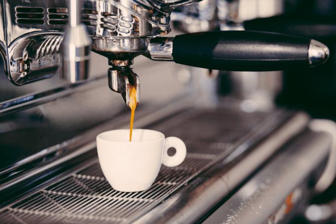 Brew espresso coffee with a top rated espresso machine