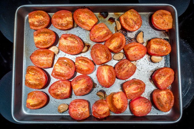 Tomatoes and garlic after roasting for the tomato basil soup recipe