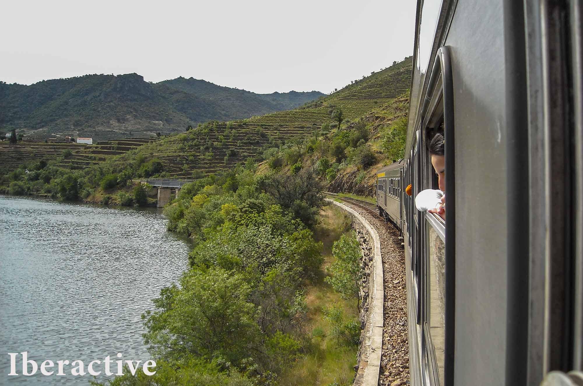 The Douro Valley train line
