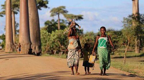 La pandemia lanza a 47 millones de mujeres a la pobreza y aumenta la brecha de género, según la ONU