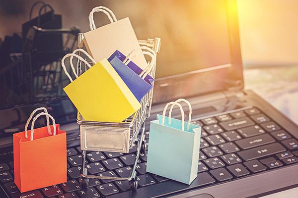 Empresas focam em vendas on-line durante pandemia