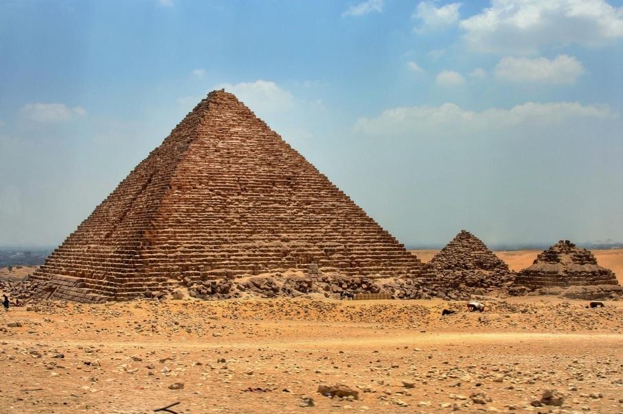 pyramids 12