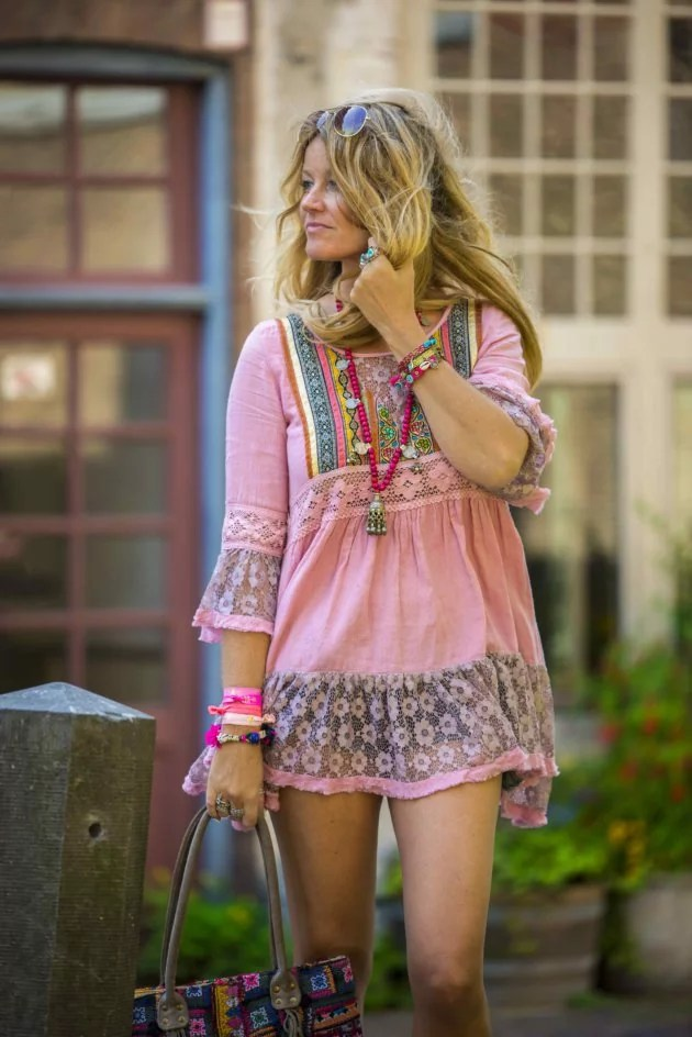 The perfect hippie chic style for a hot summer day in the city