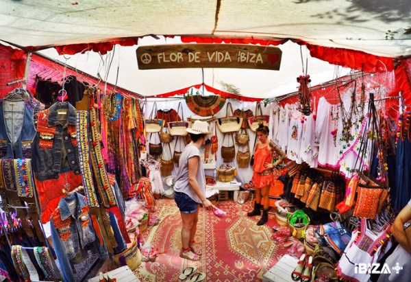 Mercadillo Hippie de Las Dalias en Ibiza by Ibizaplus 10