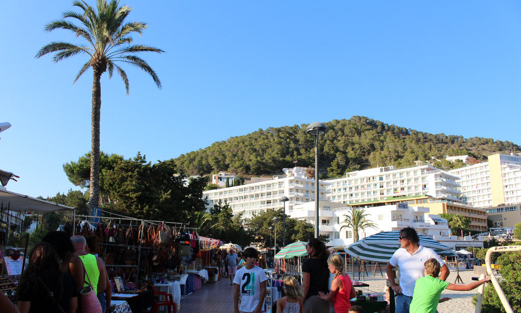 Hippiemarkt in Cala Llonga