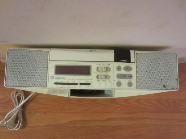 Ge Spacemaker 7-4290g Under Cabinet Cd Player Fm Radio Stereo