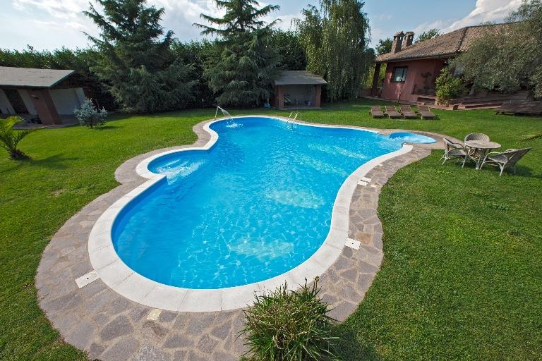 Cerchi preventivi per piscine interrate with foto di piscine interrate - Vendita piscine pescara ...
