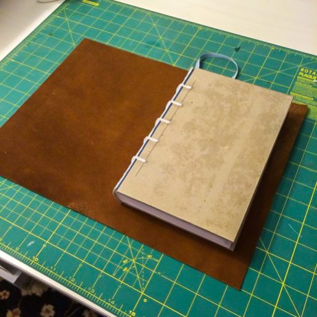 i Bookbinding - Measuring leather