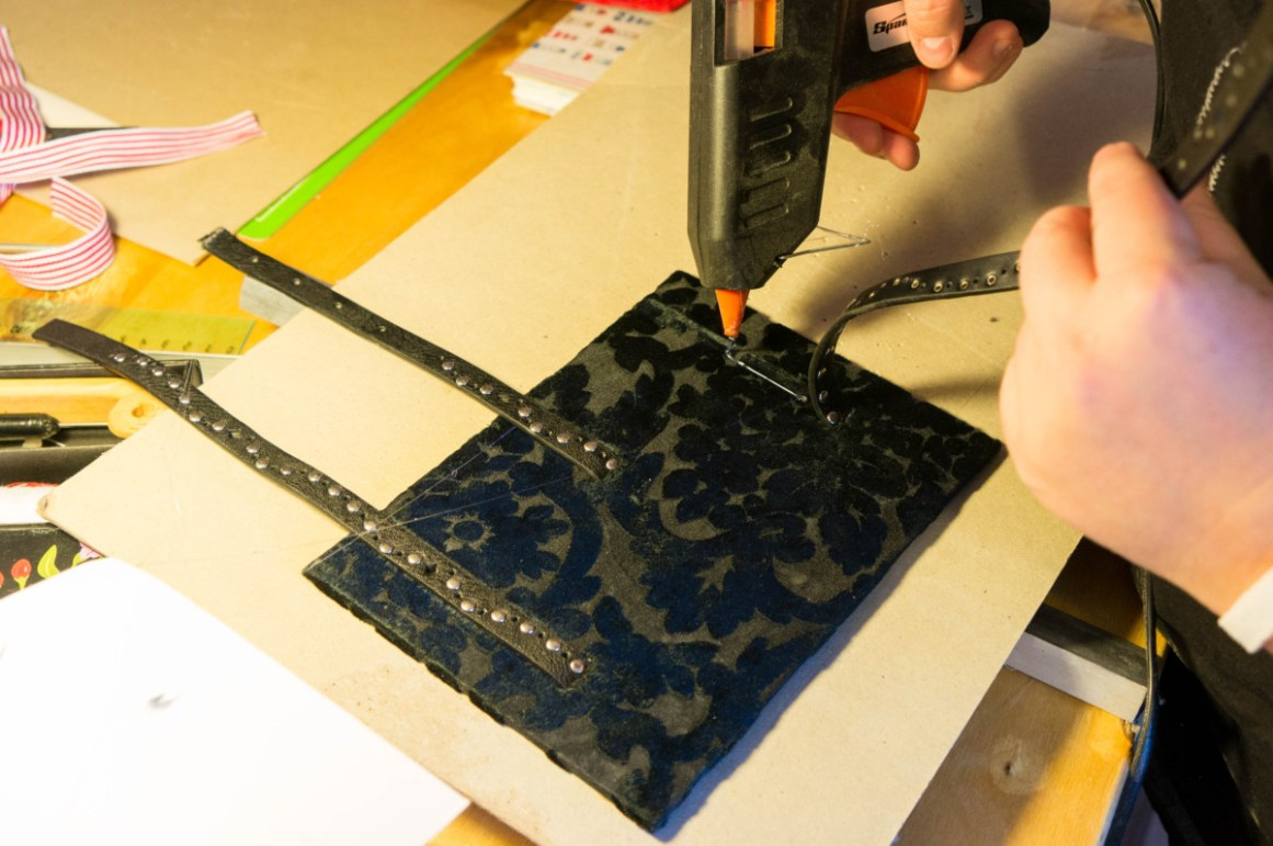 2016-10-16-coptic-bookbinding-franch-stitch-binding-and-langstitch-binding-workshop-07