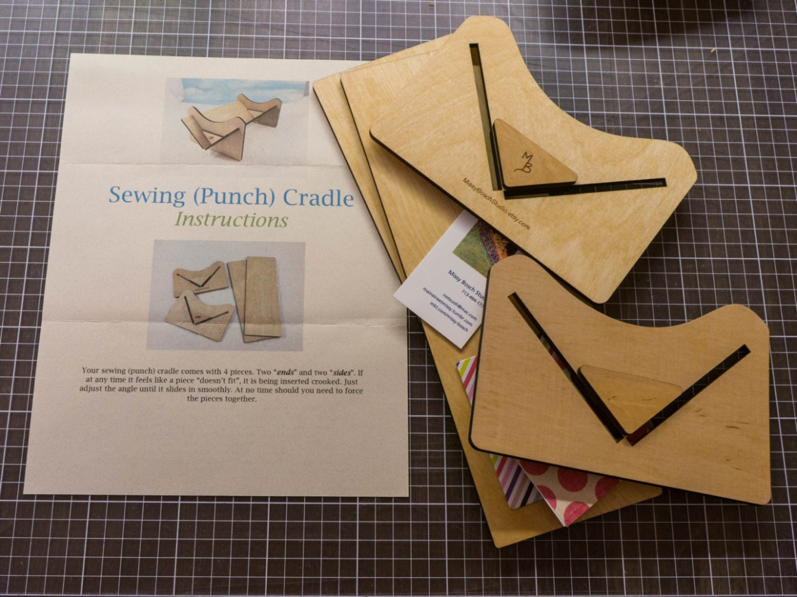 2016-12-06-punching-cradle-for-bookbinders-by-missy-bosch-studio-04