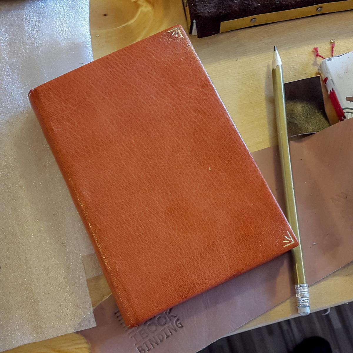2017.03.28 - Gold Tooling Workshop - Bookbinding 17
