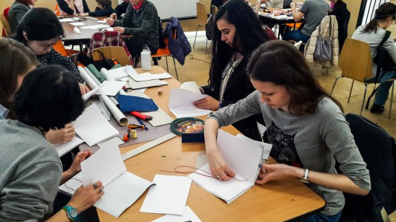 2017.04.09 - Long Stitch Binding Workshop at Shalom Moscow 02