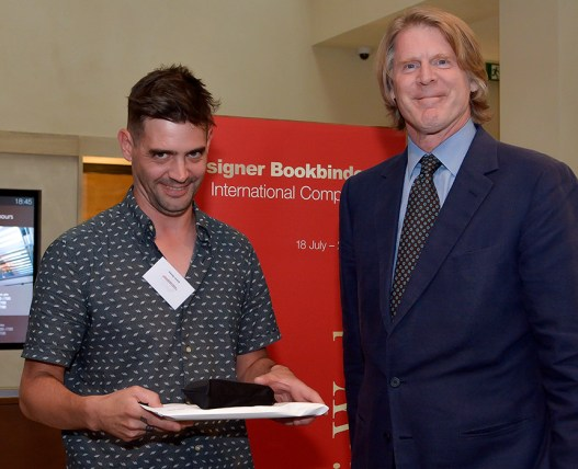 2017.08.18 - Designer Bookbinders International Competition 2017 - Distingiushed Winners - Gavin Dovey with Mark Getty KBE